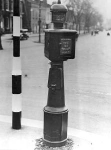 Walsall Police telephone pillar, c1949. (Walsall LHC)
